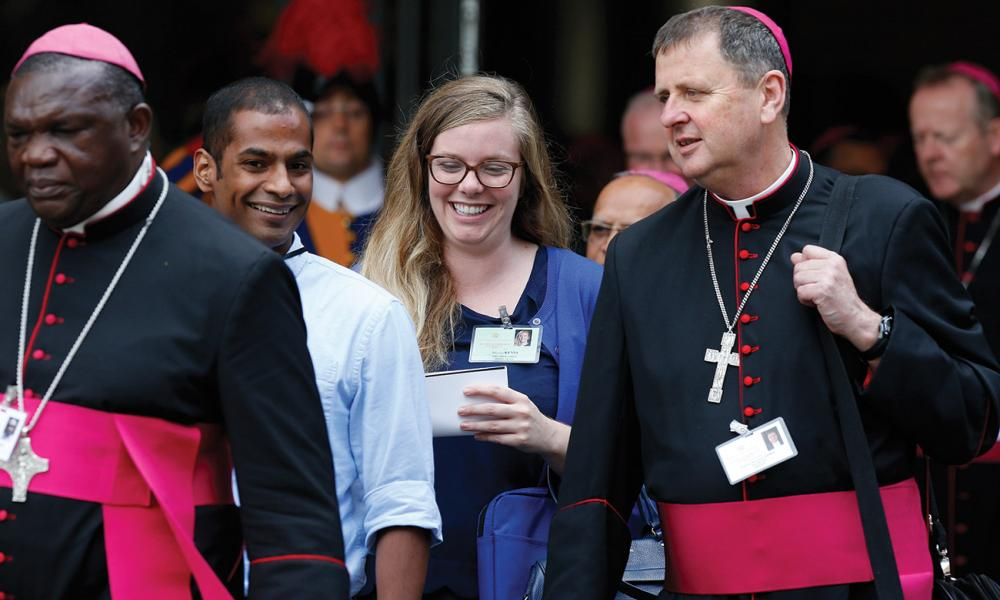Bishops and youth delegates