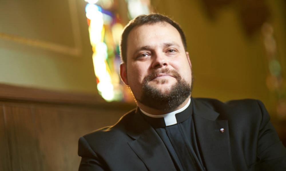 From Anglican priest to Catholic priest
